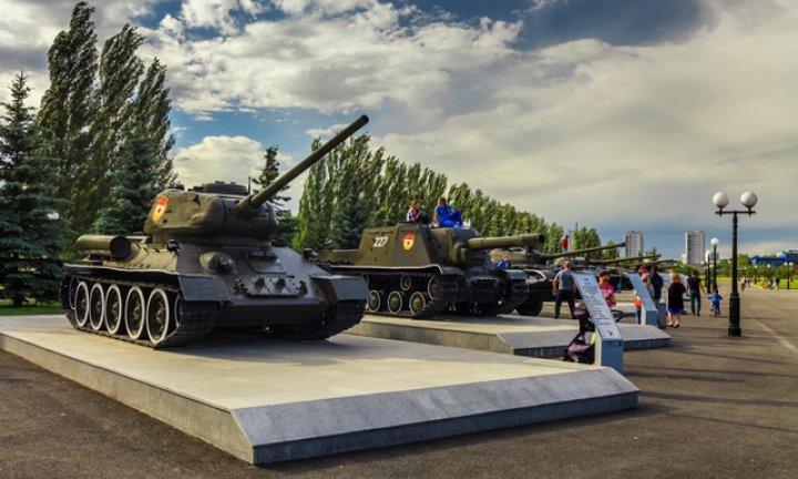 Парк победы в Казани танки