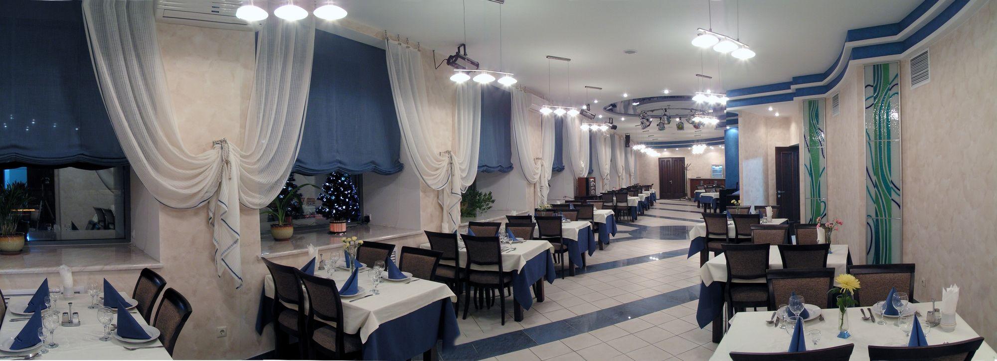 Ресторан Волга Казань. Банкетный зал.