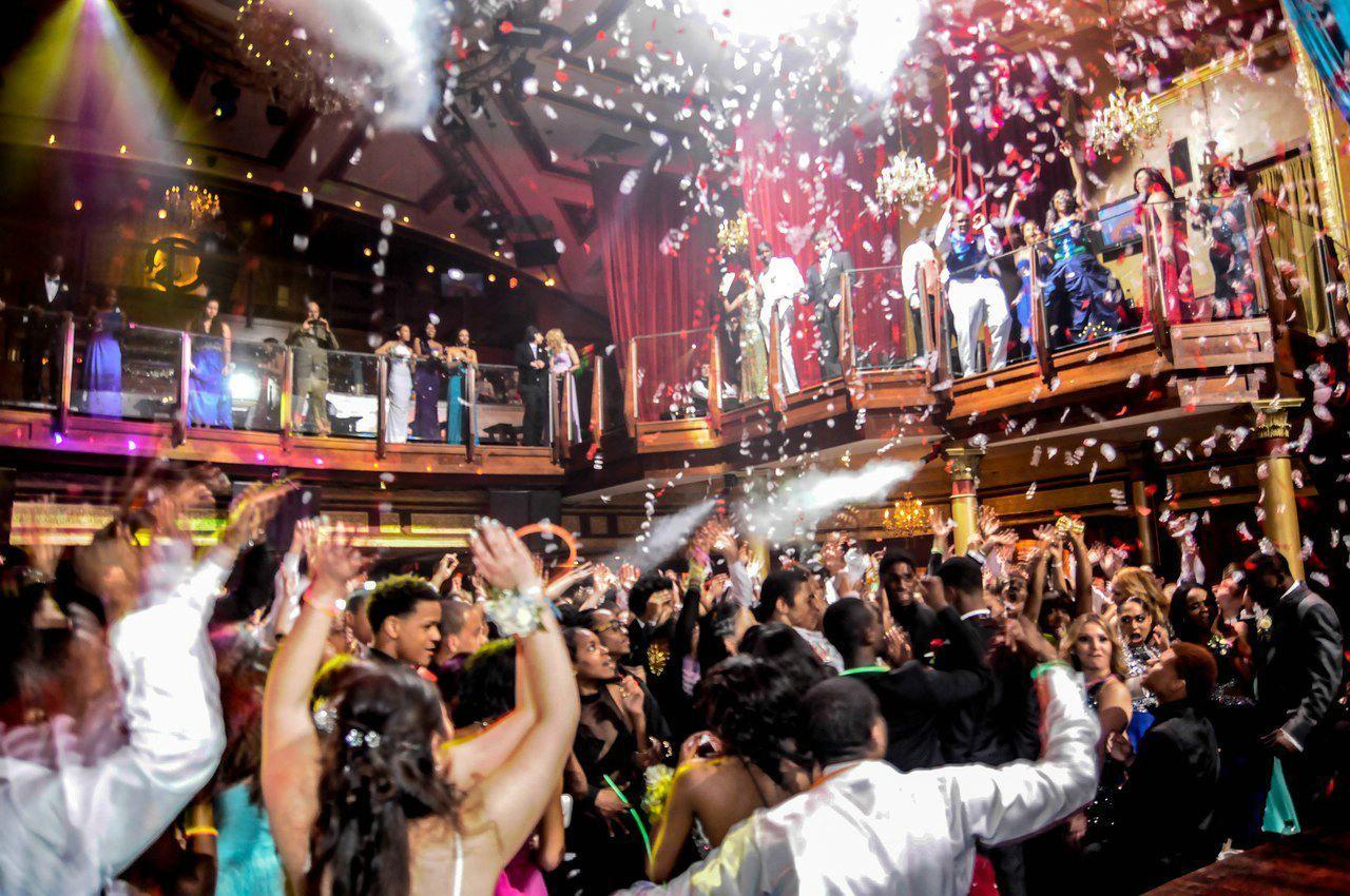Фото ночных клубов в казани канал ночной клуб